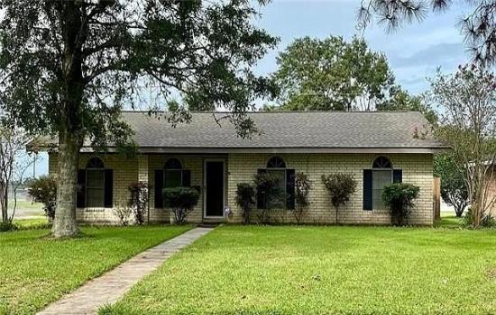 426 E Norwood Dr, Jennings, Louisiana, 3 Bedrooms Bedrooms, 9 Rooms Rooms,2 BathroomsBathrooms,House,Sold,E Norwood Dr,1001