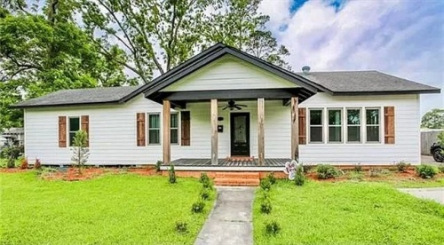 1015 N Cutting Ave, Jennings, Louisiana 70546, 3 Bedrooms Bedrooms, 6 Rooms Rooms,3 BathroomsBathrooms,House,For Sale,N Cutting Ave,1006