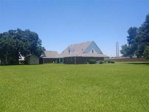 1307 US-90, Jennings, Louisiana 70546, 4 Bedrooms Bedrooms, ,5.5 BathroomsBathrooms,House,For Sale,US-90,1007
